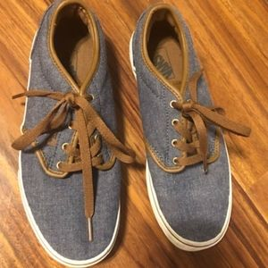 VANS Youth size 5